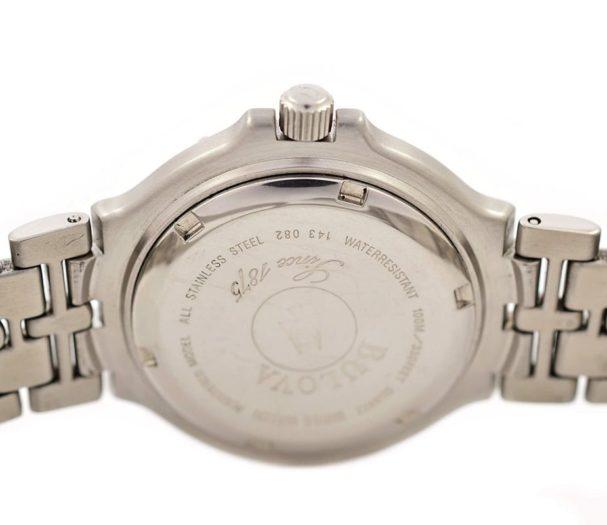 Vintage Bulova Stainless Steel Quartz Midsize Diver Style Watch