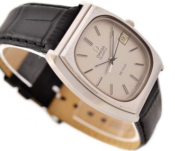 Vintage Omega De Ville Cal.1342 Quartz Stainless Steel Midsize Watch 1548 mens