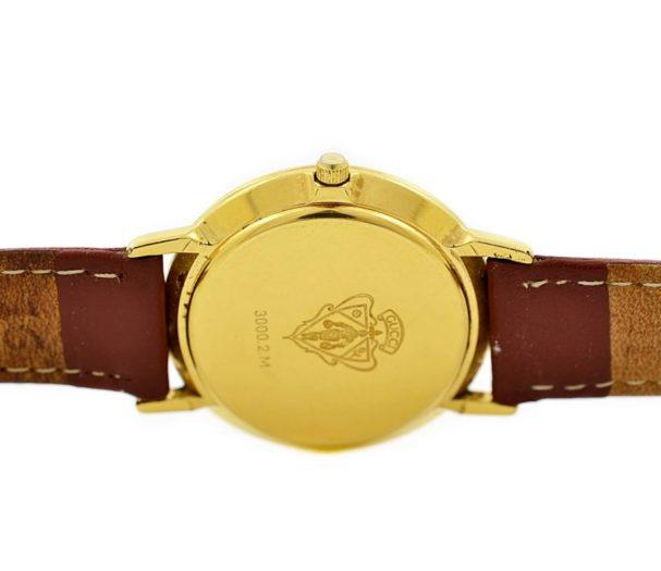 Pre-Owned Gucci Quartz Midsize Watch 3000.2.M mens