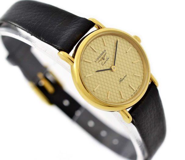 Vintage Longines Presence L.153.4 Quartz Gold Plated Ladies Watch time piece