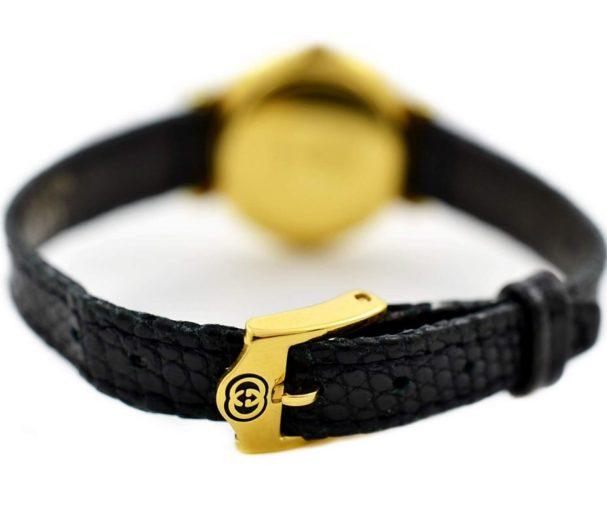 Pre-Owned and Collectible Gucci Quartz Ladies Quartz Watch 5300L leather