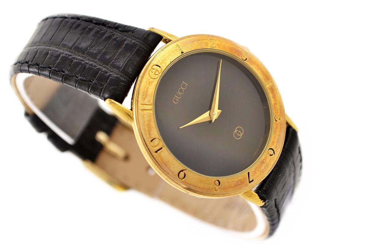 Vintage Gucci 3300.2.M Gold Plated Quartz Midsize Watch