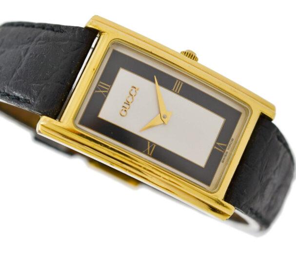 Vintage Gucci 2600M Quartz Gold Plated Midsize Watch 2051
